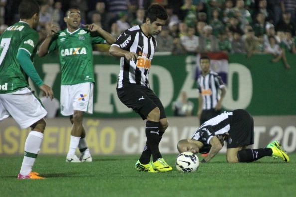 Nhận định bóng đá Atletico Mineiro vs Chapecoense , 06h00 ngày 19/10 (Vòng 29 VĐQG Brazil 2017) ảnh 1