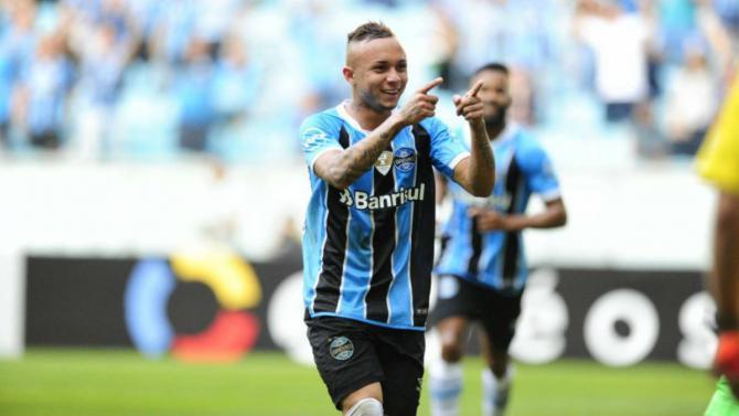Nhận định bóng đá Gremio vs Vitoria, 2h00 ngày 13/11 (Vòng 34 giải VĐQG Brazil 2017) ảnh 1