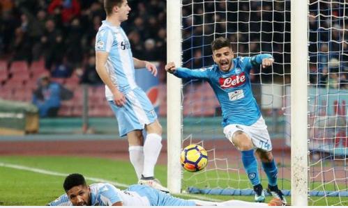 Web 388: Napoli vùi dập Lazio, đòi lại ngôi đầu Serie A