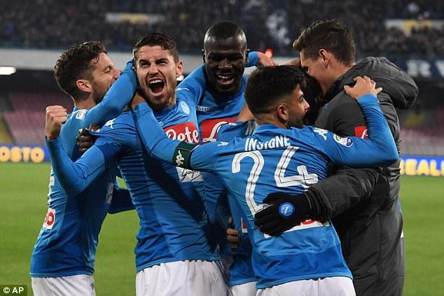 Nhận định bóng đá Napoli vs RB Leipzig, 3h05 ngày 16/2 (Vòng knock-out Europa League 2017/18) ảnh 1