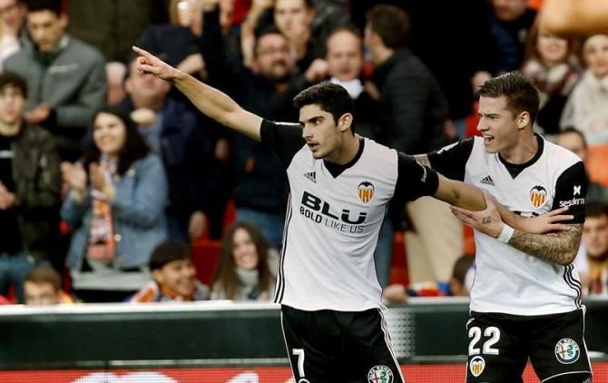Nhận định bóng đá Girona vs Valencia, 23h30 ngày 12/05 (Vòng 37 La Liga 2017/18) ảnh 1