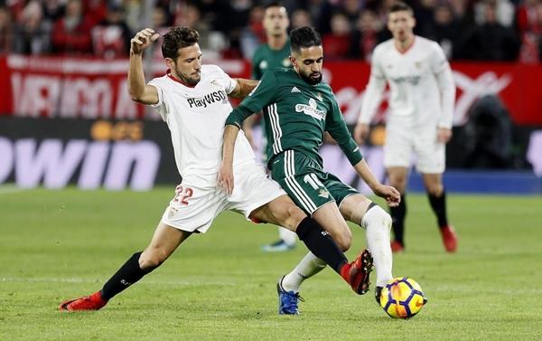 Nhận định bóng đá Real Betis vs Sevilla, 23h30 ngày 12/5 (Vòng 37 La Liga 2017/18) ảnh 1